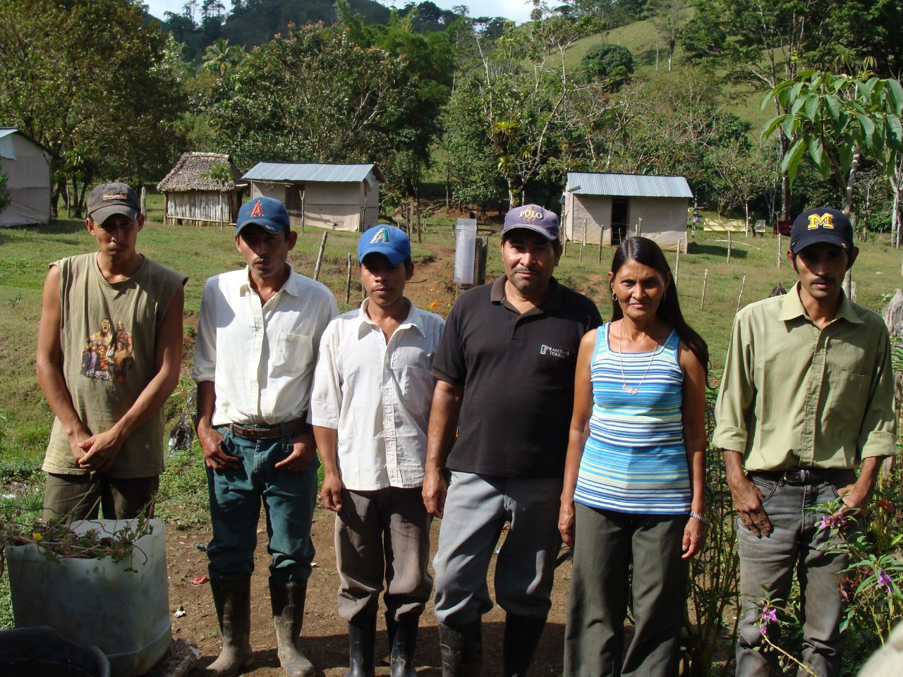 The community water project committee at Monte de Cristo